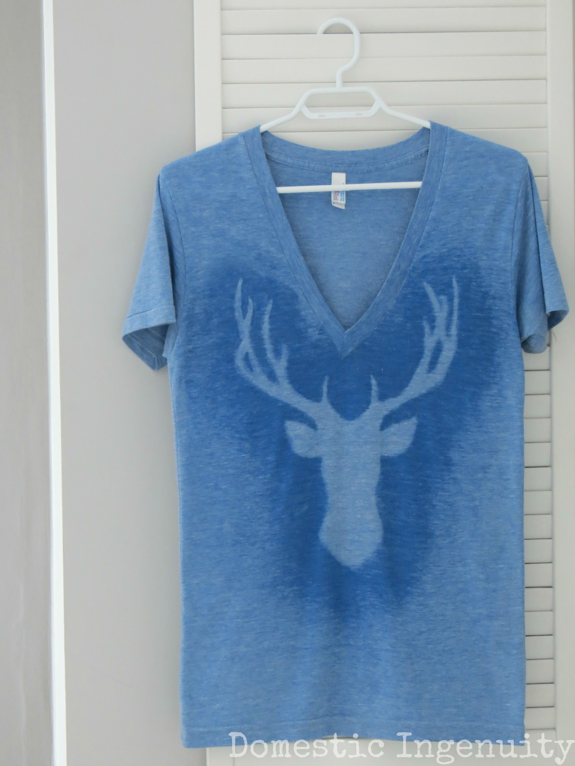 Diy deer silhouette t shirt for How to bleach designs into shirts